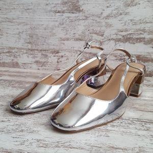 🔵Like New Mirrored Silver & Bronze Low Heel